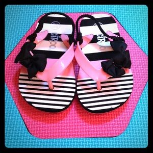 Other - Adorable Toddler Sandals